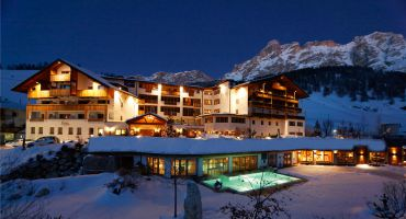 Dolomiti Wellness Hotel Fanes